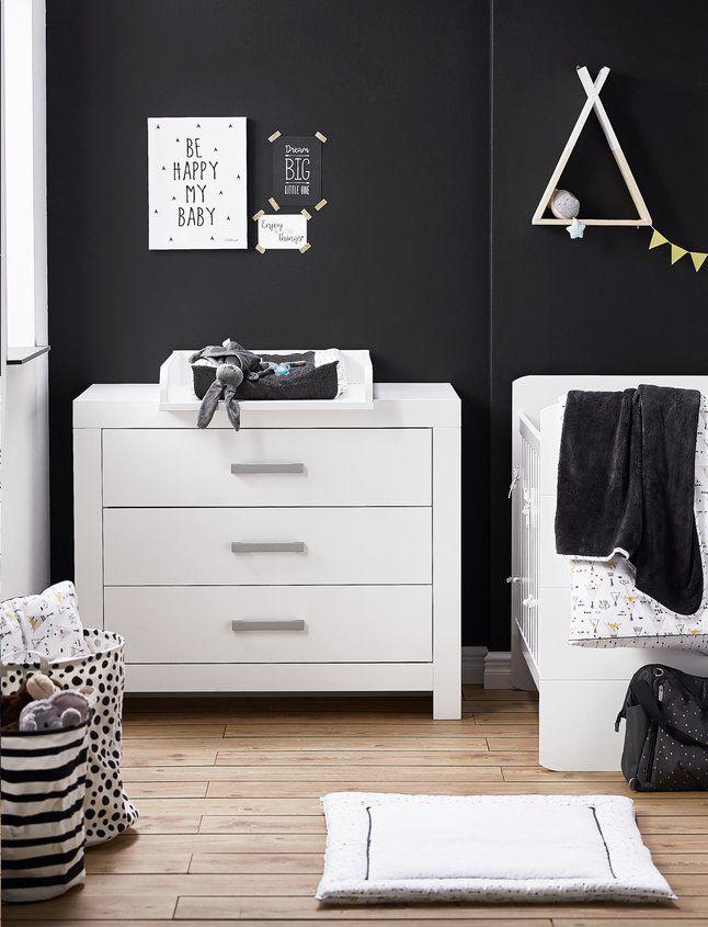 De witte meubels van meegroeikamer Fiona geven een frisse toets aan ...