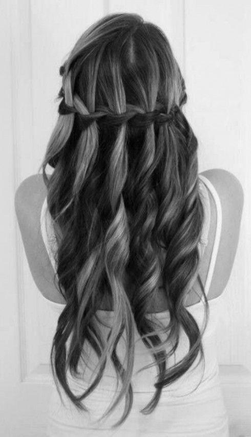 Pettinature capelli lunghi per cresima