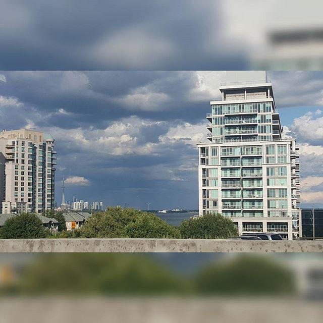 Always love seeing this #skyline.  #Toronto ya boy is back!  #Caribana #Tdot #Caribbean #Trinidad #Trini #TriniStyle