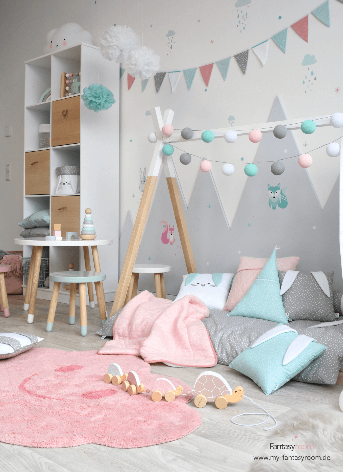 Waldtiere In Rosa Mint Grau Bei Fantasyroom Online Kaufen Kinder Zimmer Kinderzimmer Einrichten Zimmer Madchen