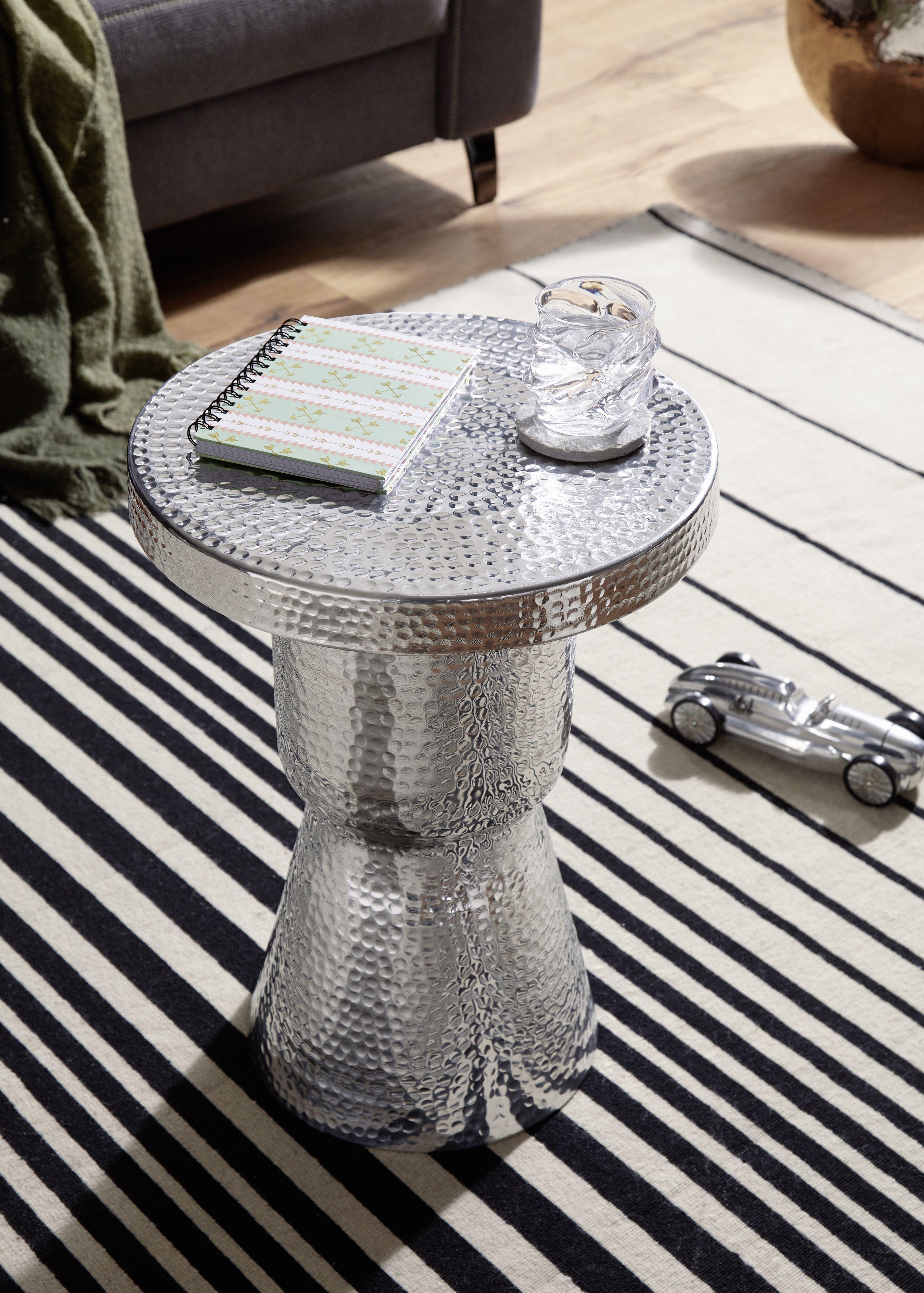 Wohnling Beistelltisch Delyla Silber Wl5 478 Aus Aluminium Silber Metall Wohnidee Dekoration Ablage Beistelltisch Rund Beistelltisch Design Beistelltisch