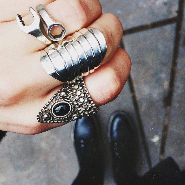 ↞ real eyes, realize, real lies ↠ | ║ accesories ║ | Pinterest ...