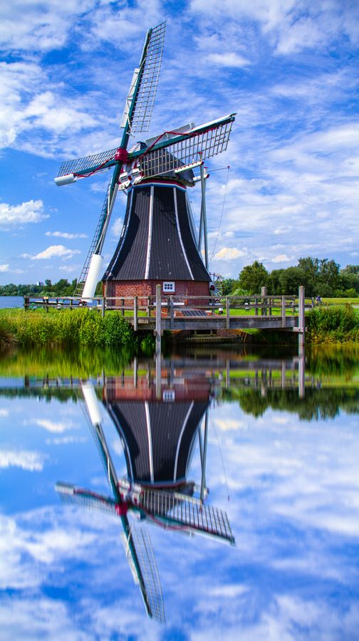 Dutch Icon By Sanjay Pradhan 500px Dutch Windmills Netherlands Windmills Holland Windmills