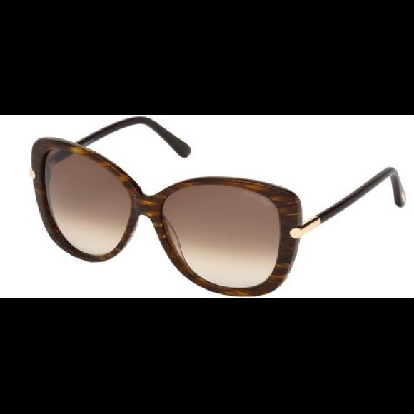 9e0eba771f9c8 Tom Ford Linda Butterfly Sunglasses Tom Ford brown sunglasses size 59 mm.  Perfect condition only worn twice. Tom Ford Accessories Sunglasses