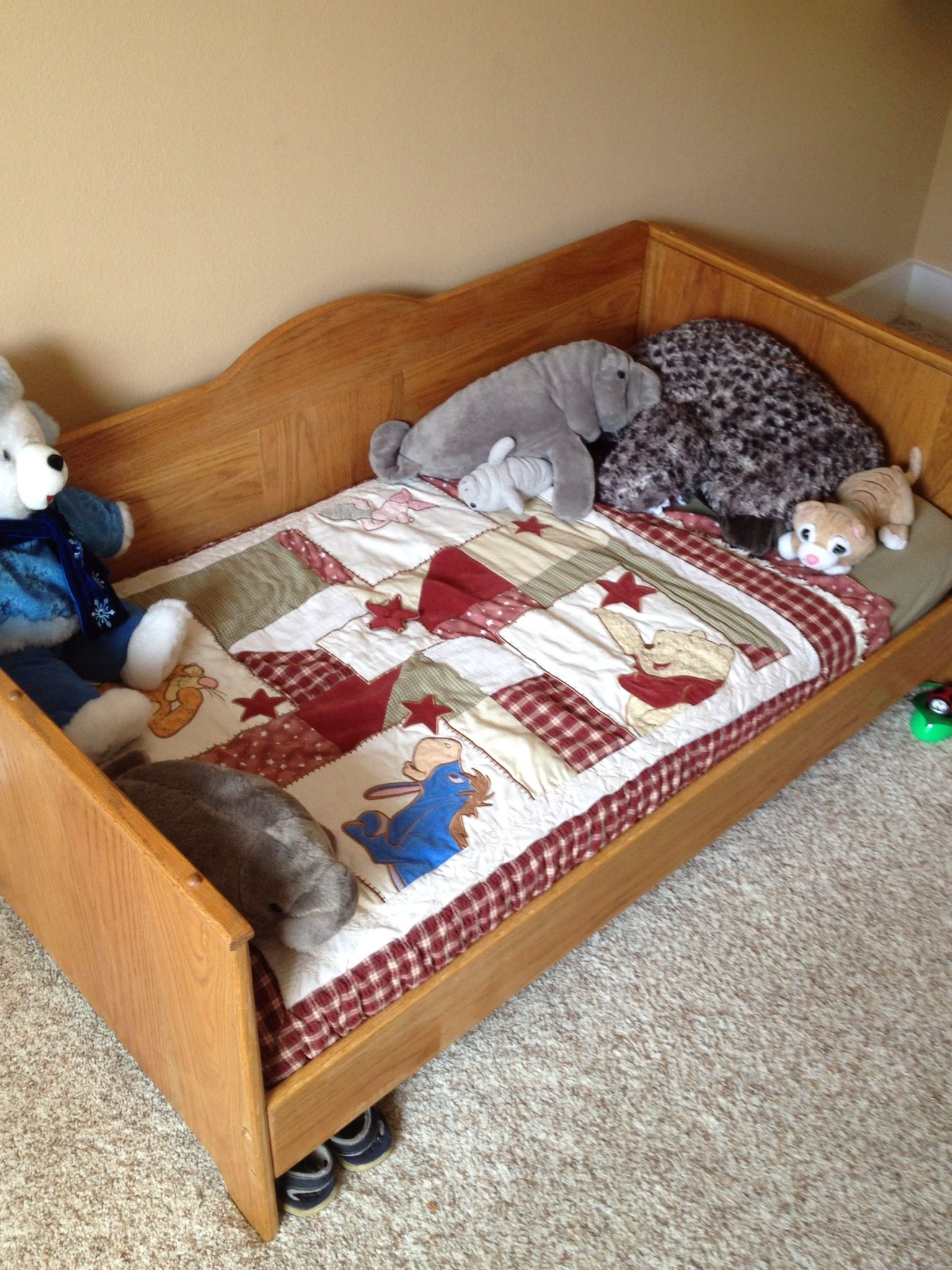 Toddler bed that is made from oak! Designed so you can