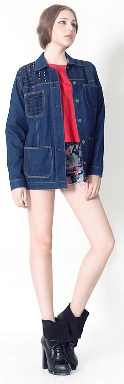 Studded Denim Jacket | Fall & Winter | Dolly & Molly | www.dollymolly.com | #indigo #blue #navy #colortone #winter #outfit #OOTD #instafashion #instadaily #snap #pose #model #playgroud #colormatch #denimondenim