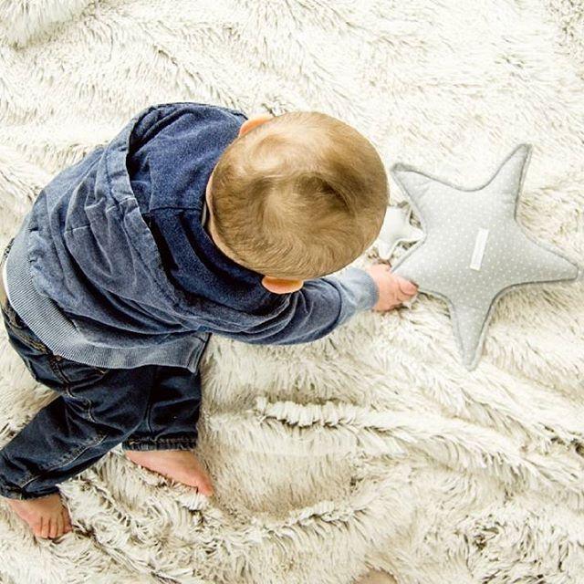 Programma della giornata? Coccole, coccole e ancora coccole nel lettone 💓 💓 💓  #casadelbambino #pasitoapasito #babyshower #babyshop #babydesign #mom #mommy #mother #family #mommylife #babystyle #bestoftheday #follow #follow4follow #photooftheday #picoftheday#adorable #babies #baby #beautiful #cute #infant #instababy #instagood #kid #kids  Scopri di più su ☞ www.casadelbambino.com