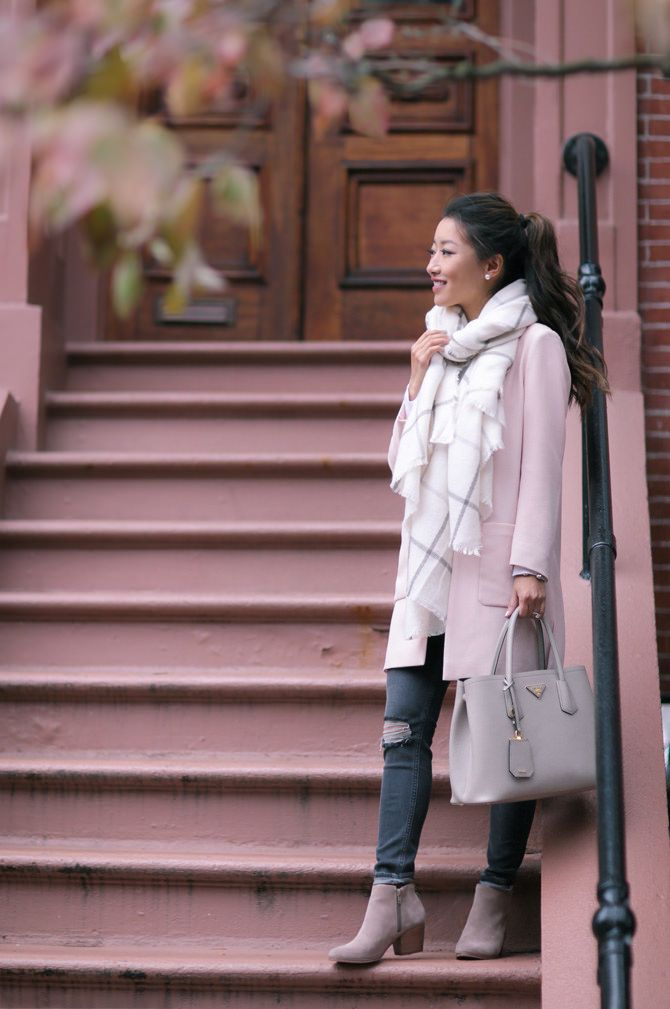 9221003c1071 fall outfit ideas  blush pink jacket + taupe gray booties + cream blanket  scarf