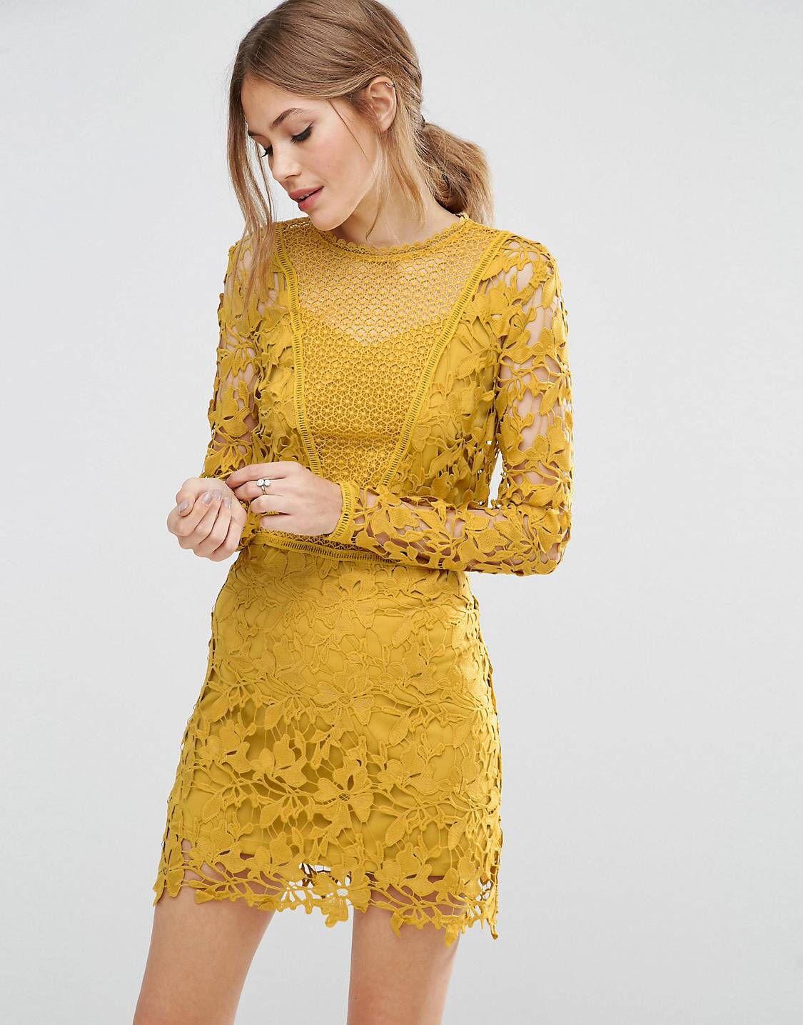 Explora Color Mostaza, Vestido Recto, ¡y mucho más! LOVE this from ASOS!