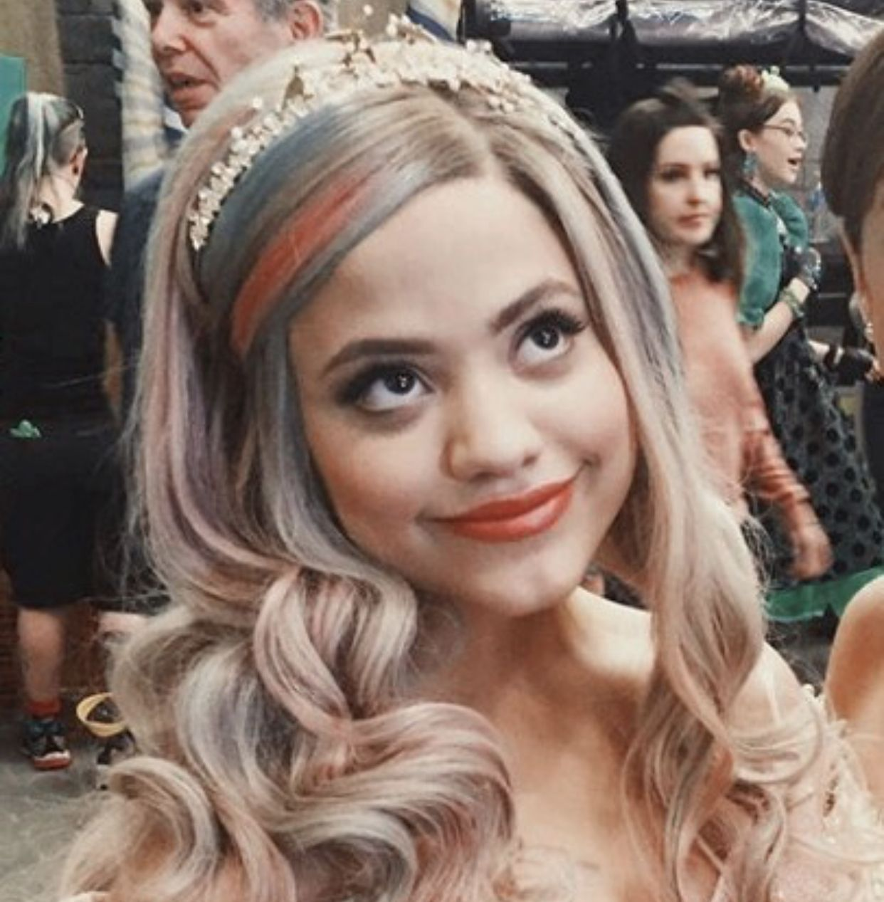 Pin By Sabrina Vasquez On Queen Of Mean Sarah Jeffery Disney Descendants Dolls Disney Channel Descendants