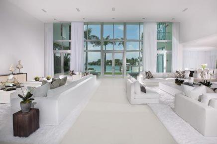 Witte Interieur Inrichting : Witte droomhuis in miami beach ideeën voor het huis woonkamer