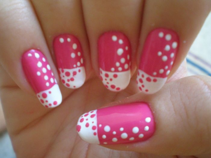 Pink Fingernail Art There Are Some Designs Of Pink And White Nails