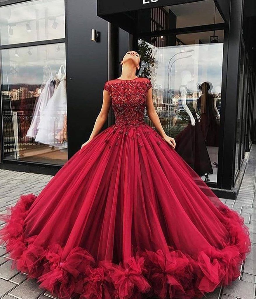 """Instagram  """"Follow  catwalk connection for the hottest fashion! Red Gowns c5782d93182f"""