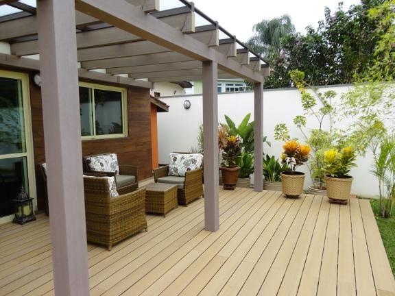 Best Floor For Outdoor Patio, What Is The Best Flooring For An Outdoor Patio