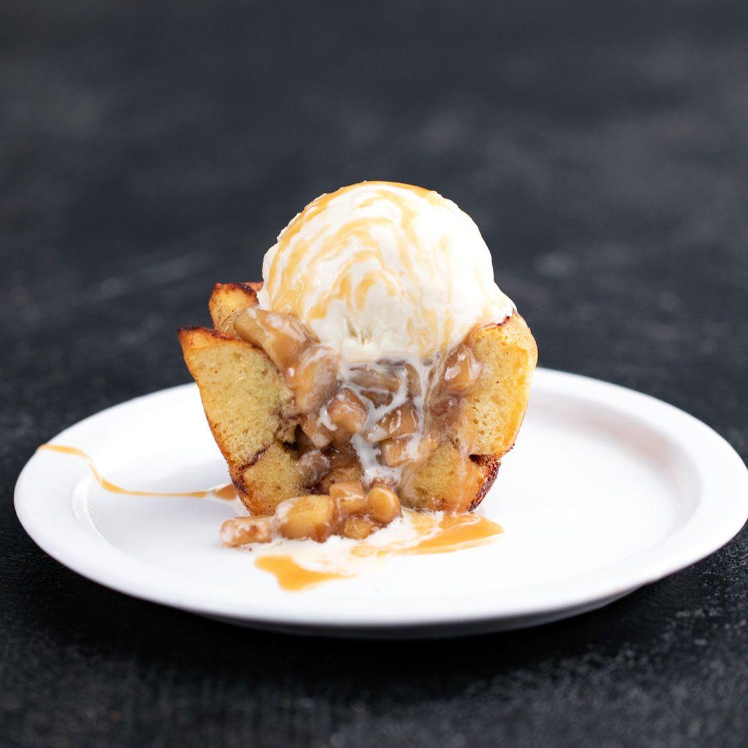 Cinnamon Roll Caramel Apple Pie Cups