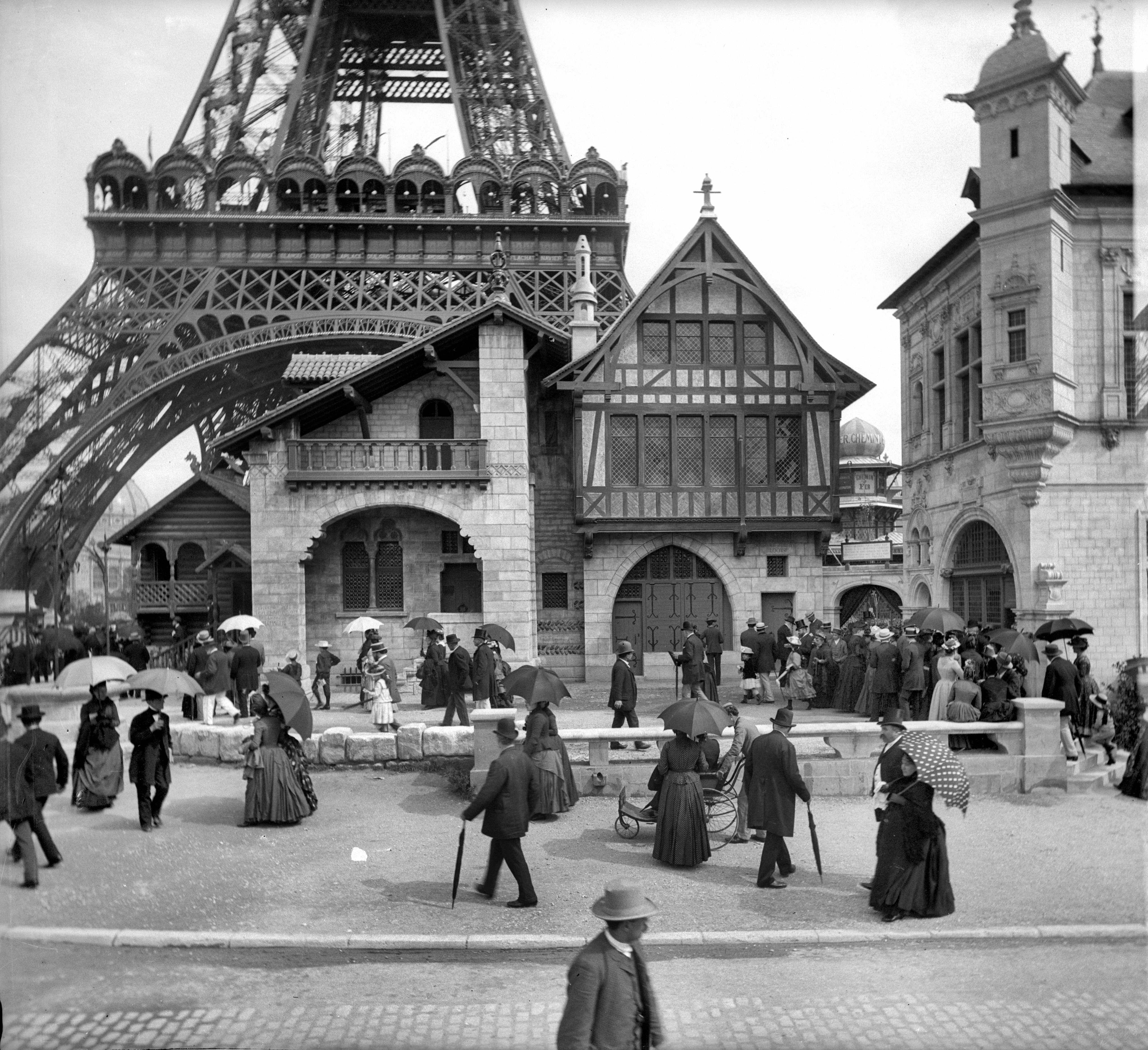 exposition universelle de paris 1889 getty images. Black Bedroom Furniture Sets. Home Design Ideas