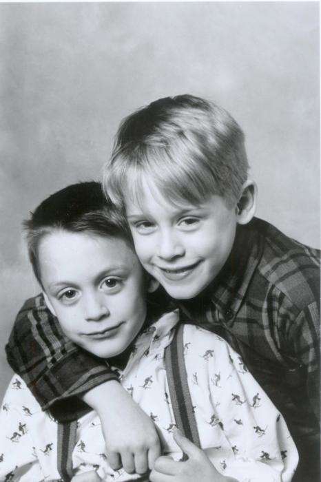 Kieran and Macaulay Culkin Más