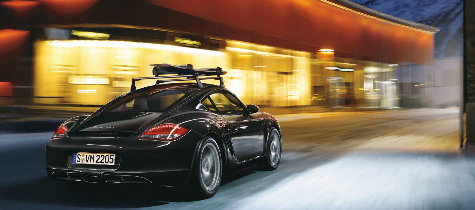 The Optional Roof Transport System Is Aerodynamically Efficient And Made Of Aluminum Its Low Weight And Uncomplicated Mec Porsche Cayman S Cayman Cayman S