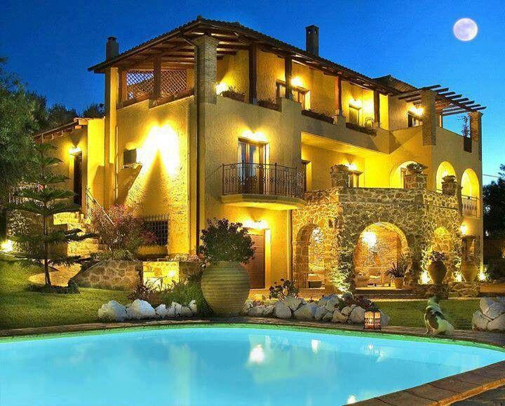 Spanish Style Home Luxury Homes Beachfront Cottage