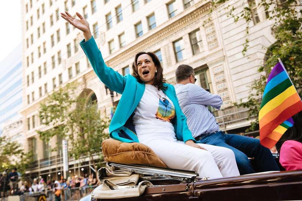 Senator Kamala Harris Of California Waves To Spectators During The San Francisco Pride Parade In San Fr Sf Pride Parade Pride Parade San Francisco Pride Parade