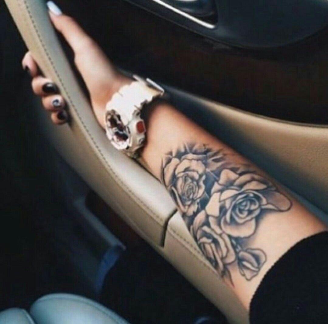 Pin Von Amy Barthel Auf Tattoos Rosen Tattoo Frau Tattoo