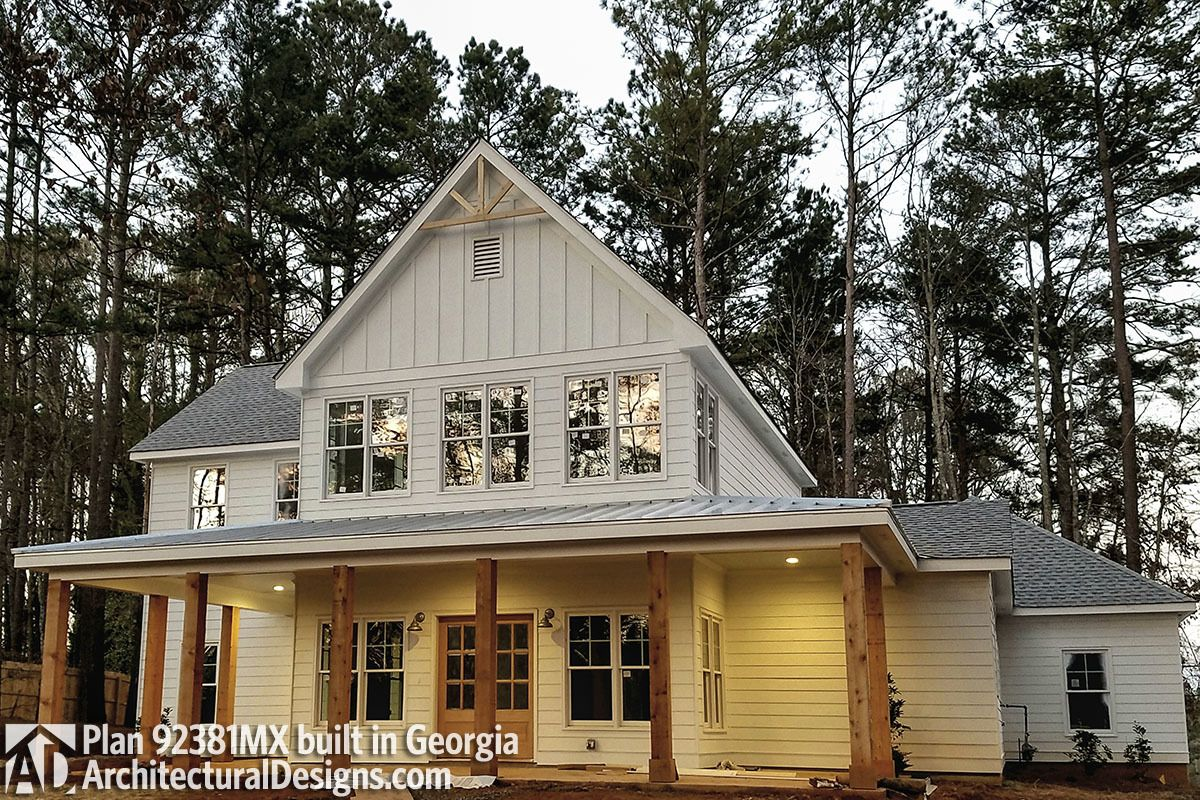 2100 sq ft - But loving the exterior vibe of this home; wooden ... Matching With Out Building House Plans Country Home on