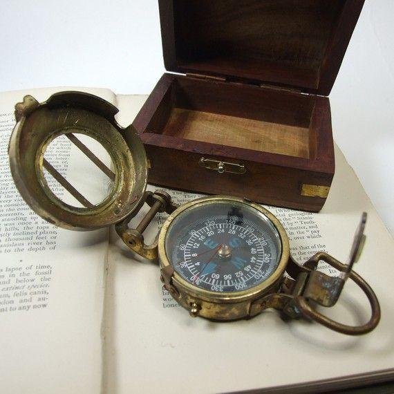 Resultados da pesquisa de http://epicthings.net/wp-content/uploads/2011/12/Old-Compass.jpg no Google