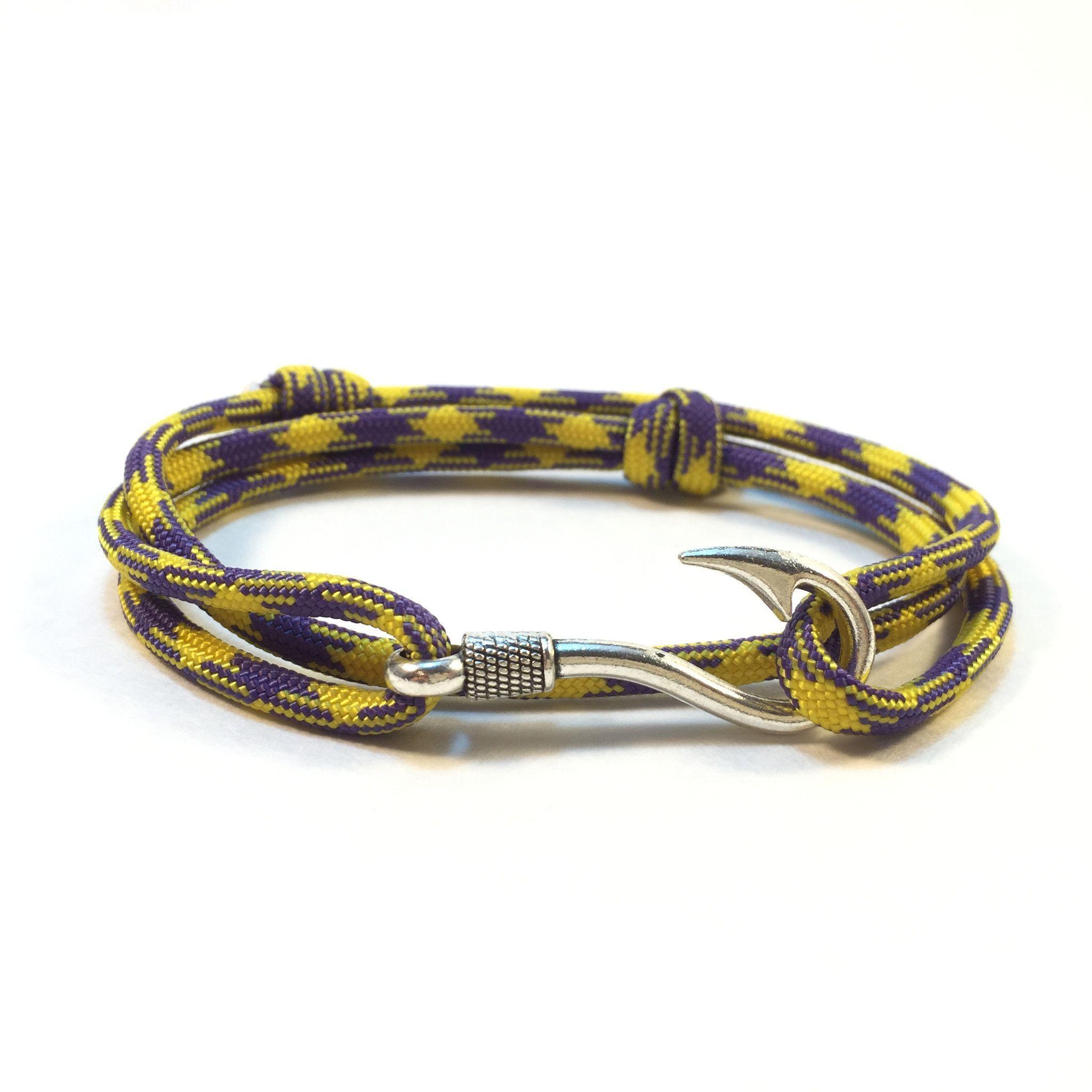 Grape Vine Fish Hook Adjustable Paracord Bracelet