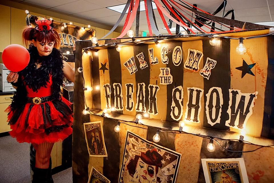 Halloween CuBOOicle Welcome to the Freak Show holiday - halloween office decorating ideas
