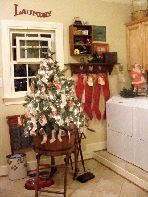 Pin By Evelyn E Wells On Christmas Pinterest Christmas Decorations For The Home Laundry Decor Christmas Home