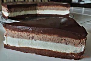 Fantastische Tortencreme Die Wie Eine Eiscreme Schmeckt Torte Ohne Backen Nutella Kuchen Backen Kuchen Ohne Backen