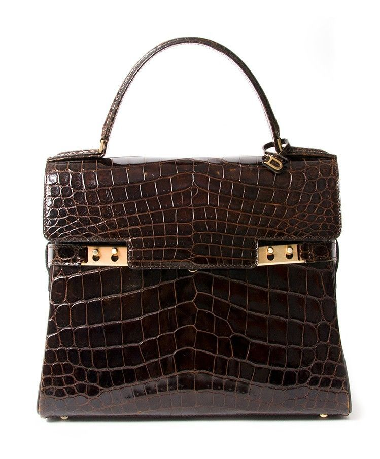 688aadad624 Buy authentic secondhand designer bags at the right price at LabelLOV  vintage webshop. Safe and secure online shopping. Koop authentieke  tweedehands ...