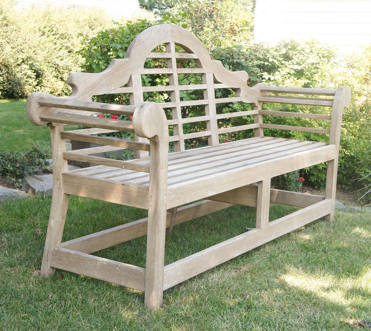 Fine English Vintage Lutyens Bench Made In Teak From A Unique Collection Of Antique And Modern Garden Furniture Modern Garden Furniture Bench Furniture Teak