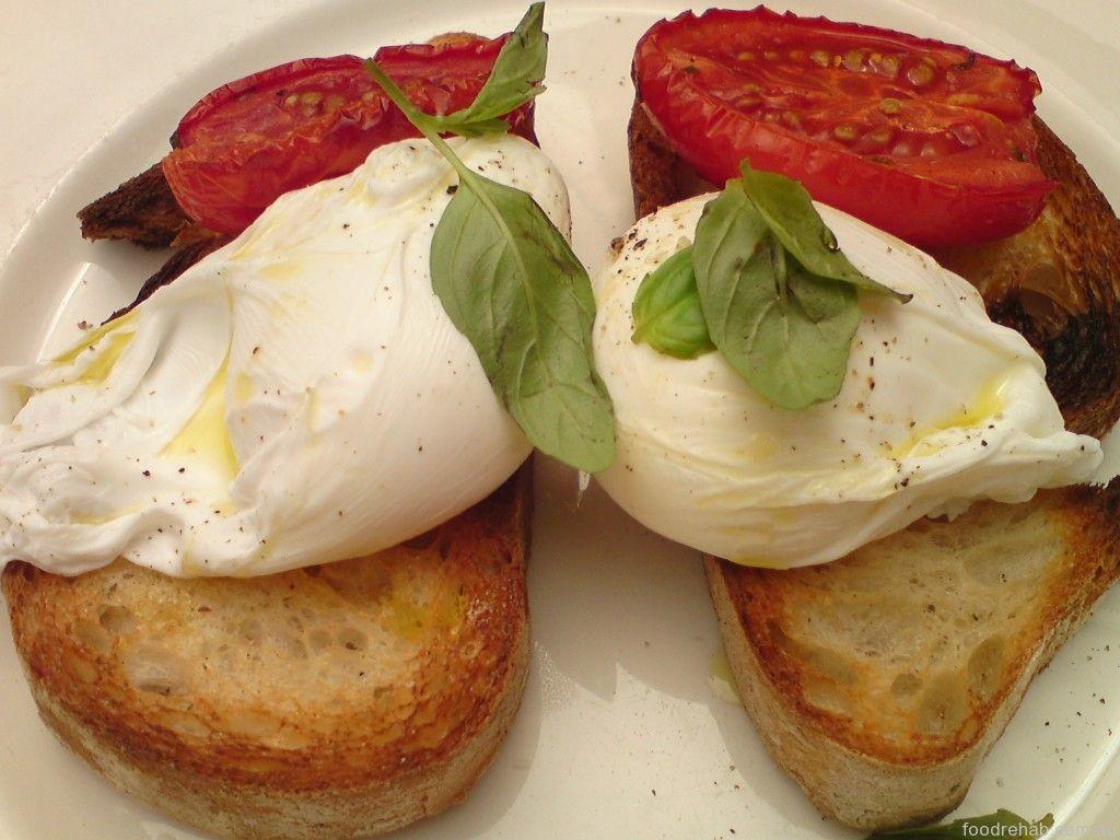 Los usos ingeniosos del microondas  Huevos poché  Prepárese un almuerzo rápido: vierta un huevo crudo en un tazón para microondas y agréguele 1/3 de taza de agua y ½ cucharadita de vinagre. Cubra el tazón con un plato especial para microondas y cocine el huevo durante un minuto al 80 por ciento de la potencia del horno. Revise el huevo; siga cociéndolo —a intervalos de 20 segundos— hasta que alcance el grado de cocción que desea.   Escríbenos a info@huevosdemixco.com o llama al Tel…