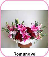 Bunga Hadiah Ulang Tahun Toko Bunga Mawar Jakarta Tlp 02180293286 Florist Table Flowers Flowers