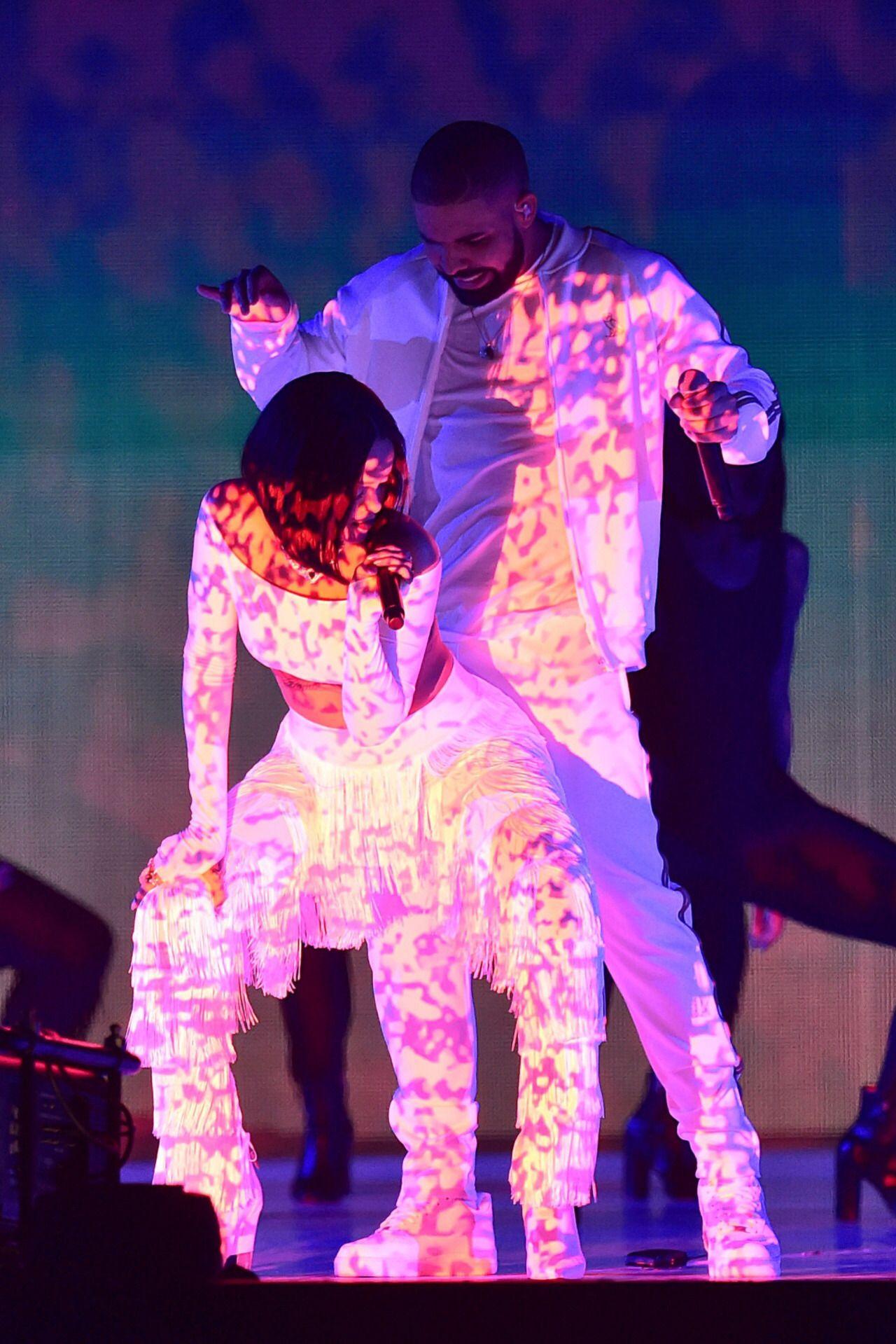 Rihanna Drake dating 2014