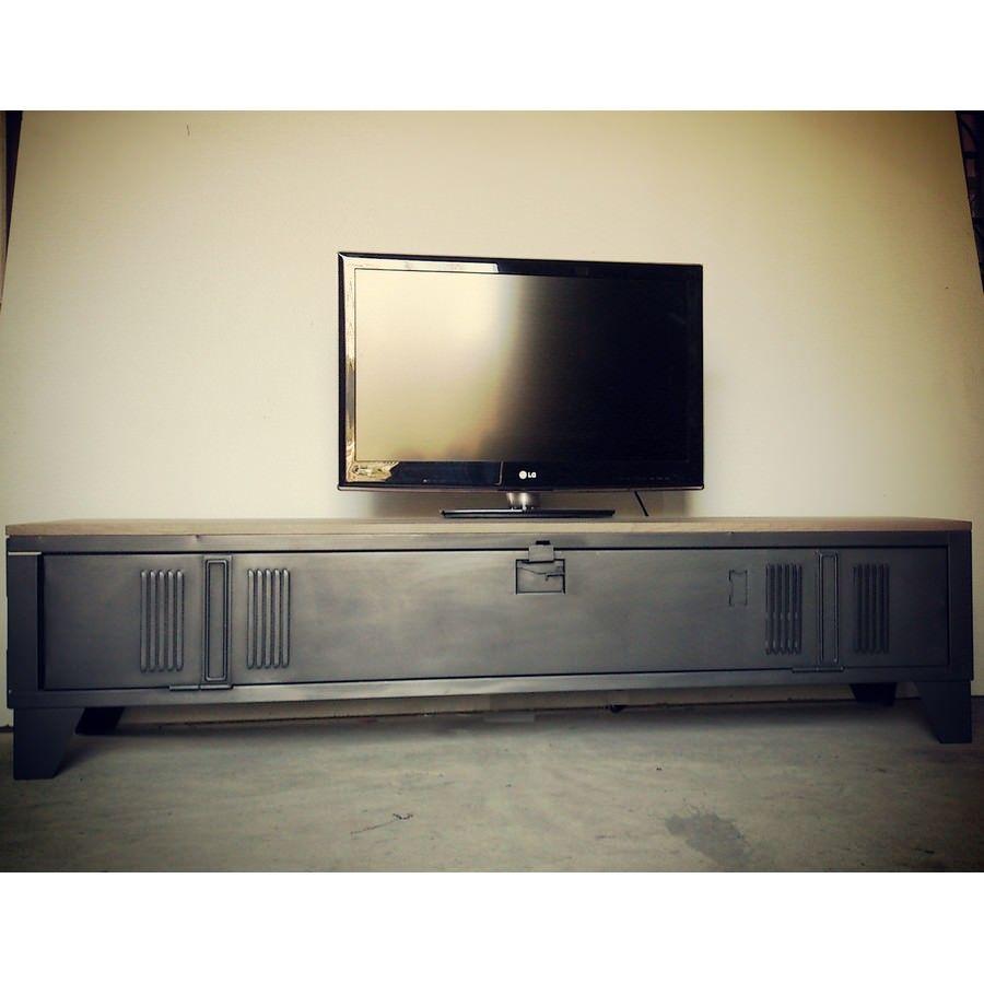Vestiaire Transforme En Meuble Tv Industriel Metal Et Bois Heure Creation Meuble Tv Industriel Meuble Tv Meuble Tv Style Industriel