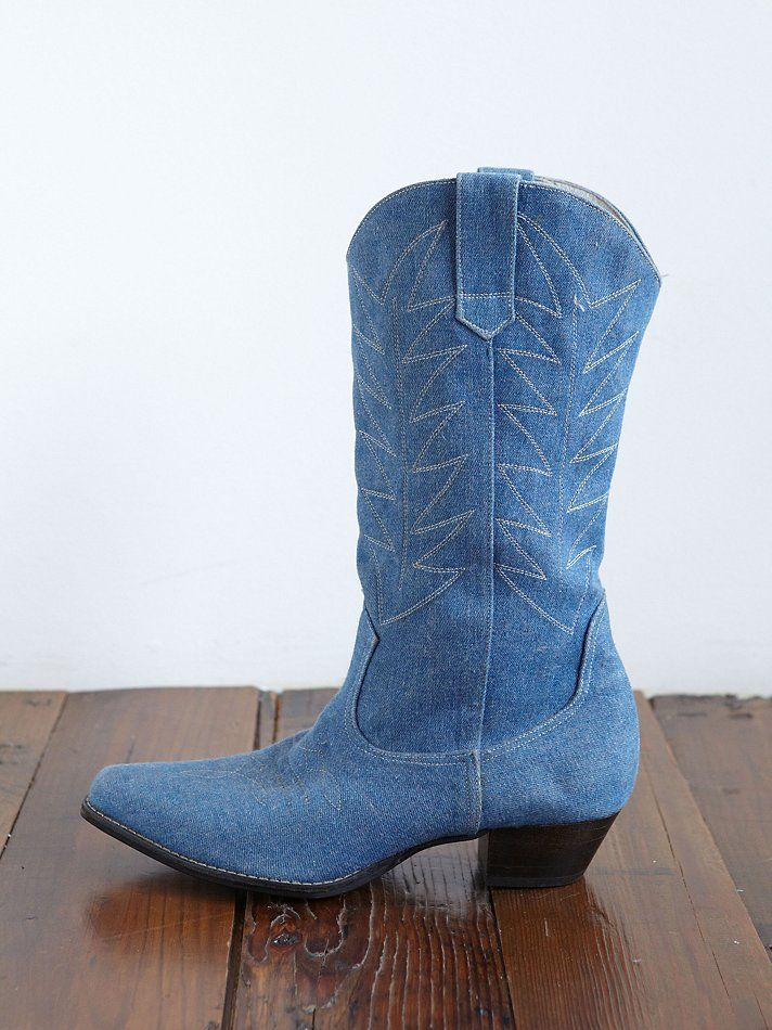Vintage cowgirl boot size 7 B fits up to 7.5 8 cream  |Cowboy Boots With Colored Tops