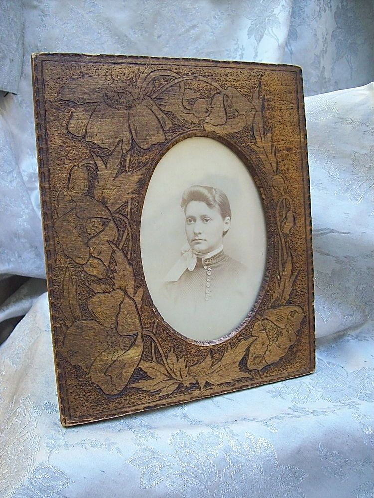 ANTIQUE PYROGRAPHY WOOD EASEL-BACK PICTURE FRAME with WILD POPPIES ...