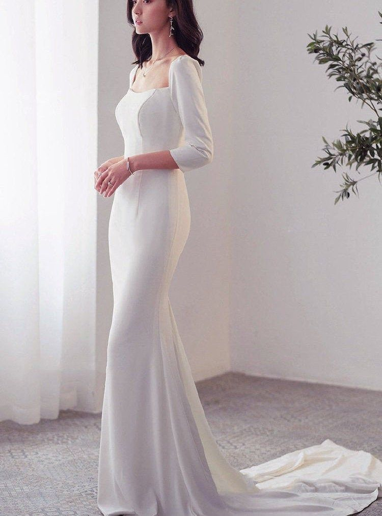Simple Square Neckline Long Sleeves Wedding Dress Minimalistic Classic In 2020 Wedding Dress Long Sleeve Square Neckline Wedding Dress Minimal Wedding Dress