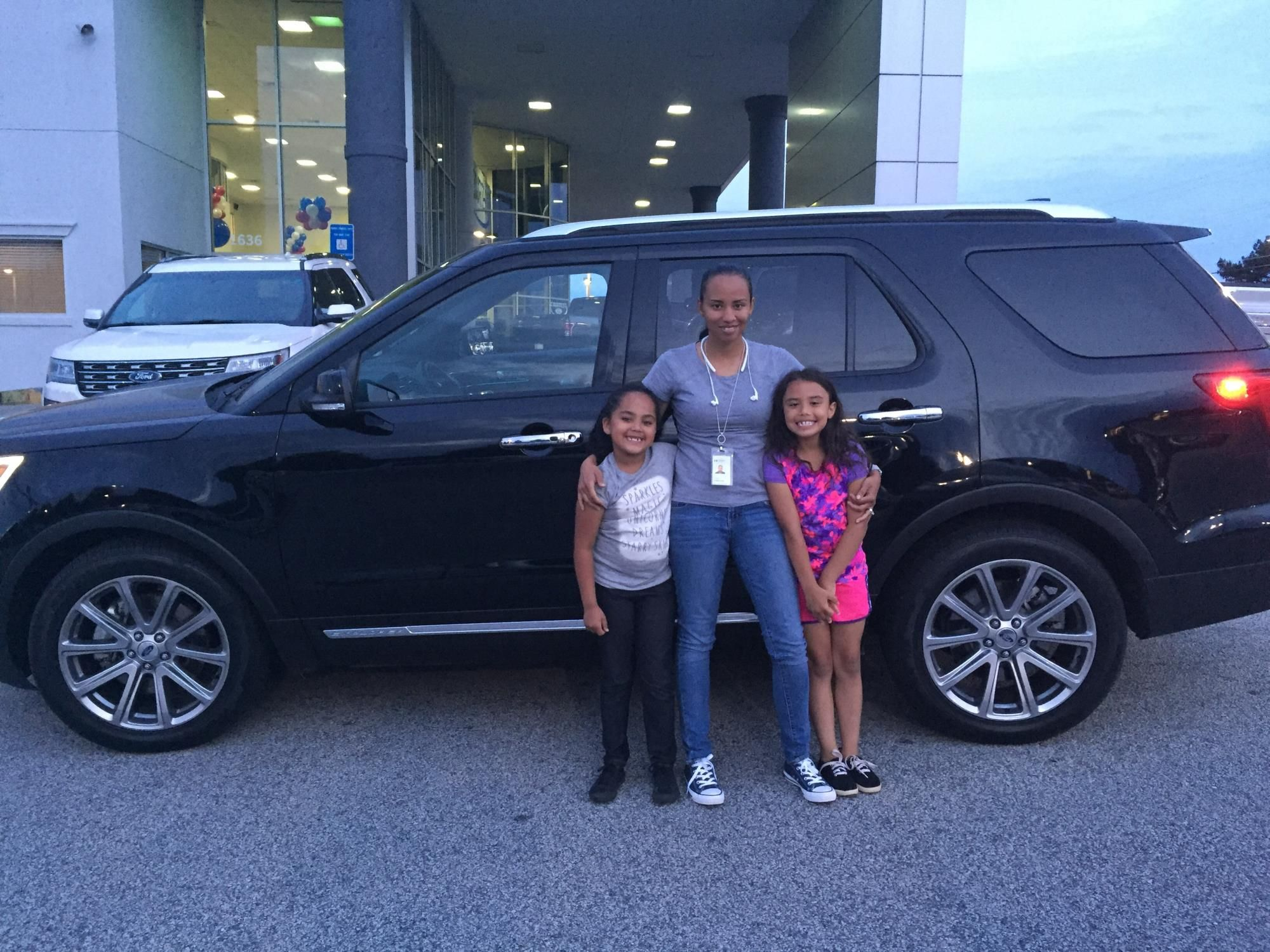 Donald Scarbrough reviews the 2016 Ford Explorer they purchased from