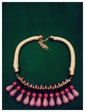 collar lila #beautiful