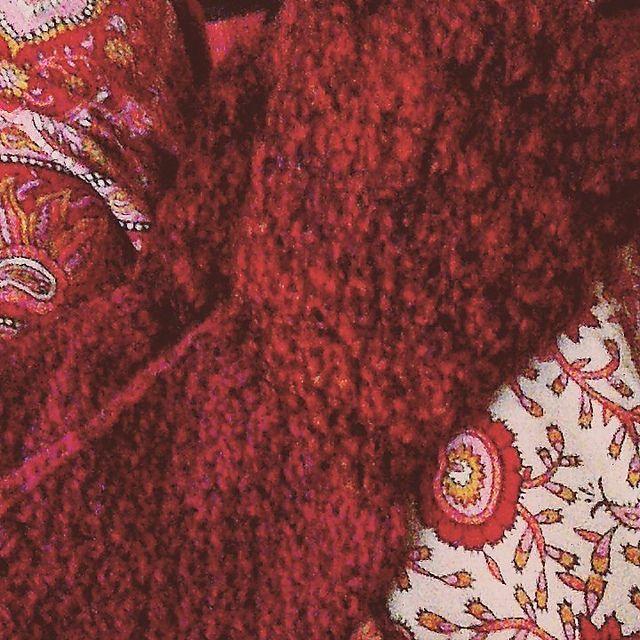 Ravelry: personwhoknits' Leg warmers with stirrups