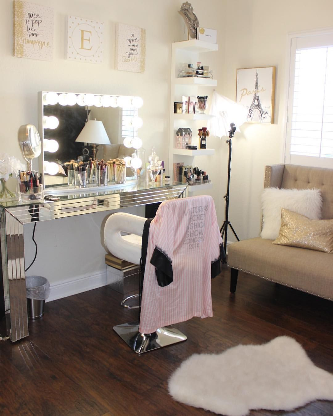 Room Beauty Room Glam Room T