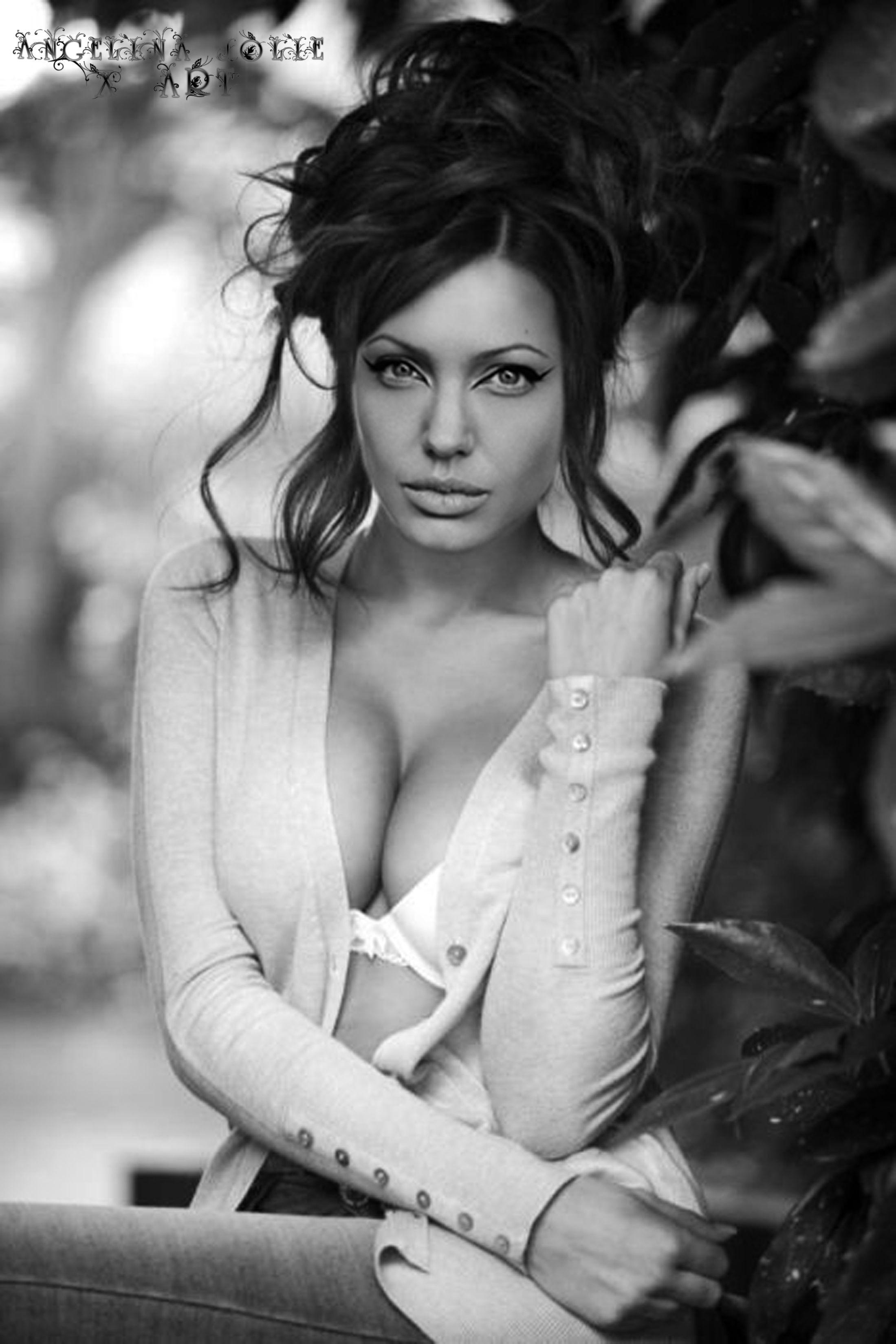 Bikini Angelina Jolie Nude Hot Free Pics