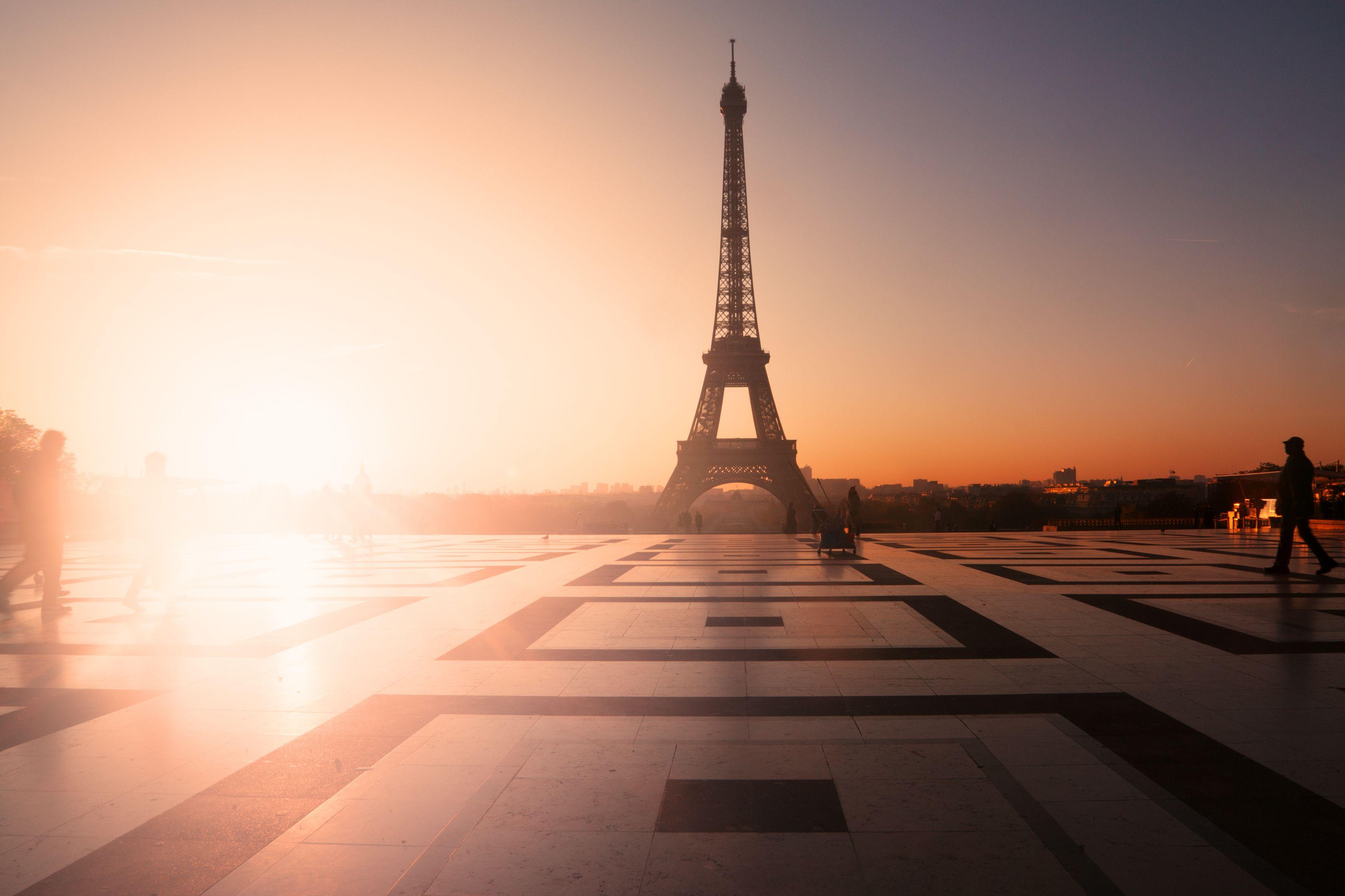 Eiffel Tower sunset Paris #ParisCityVision #Paris #VisitParis #France #Sunset #Trocadero