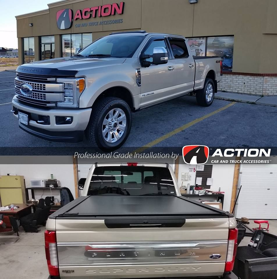 Retrax One MX tonneau cover installed on a new Ford F250