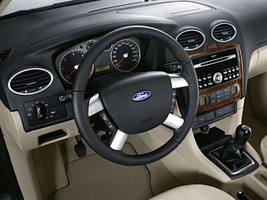 Ford Focus Ghia Mk2 Interior
