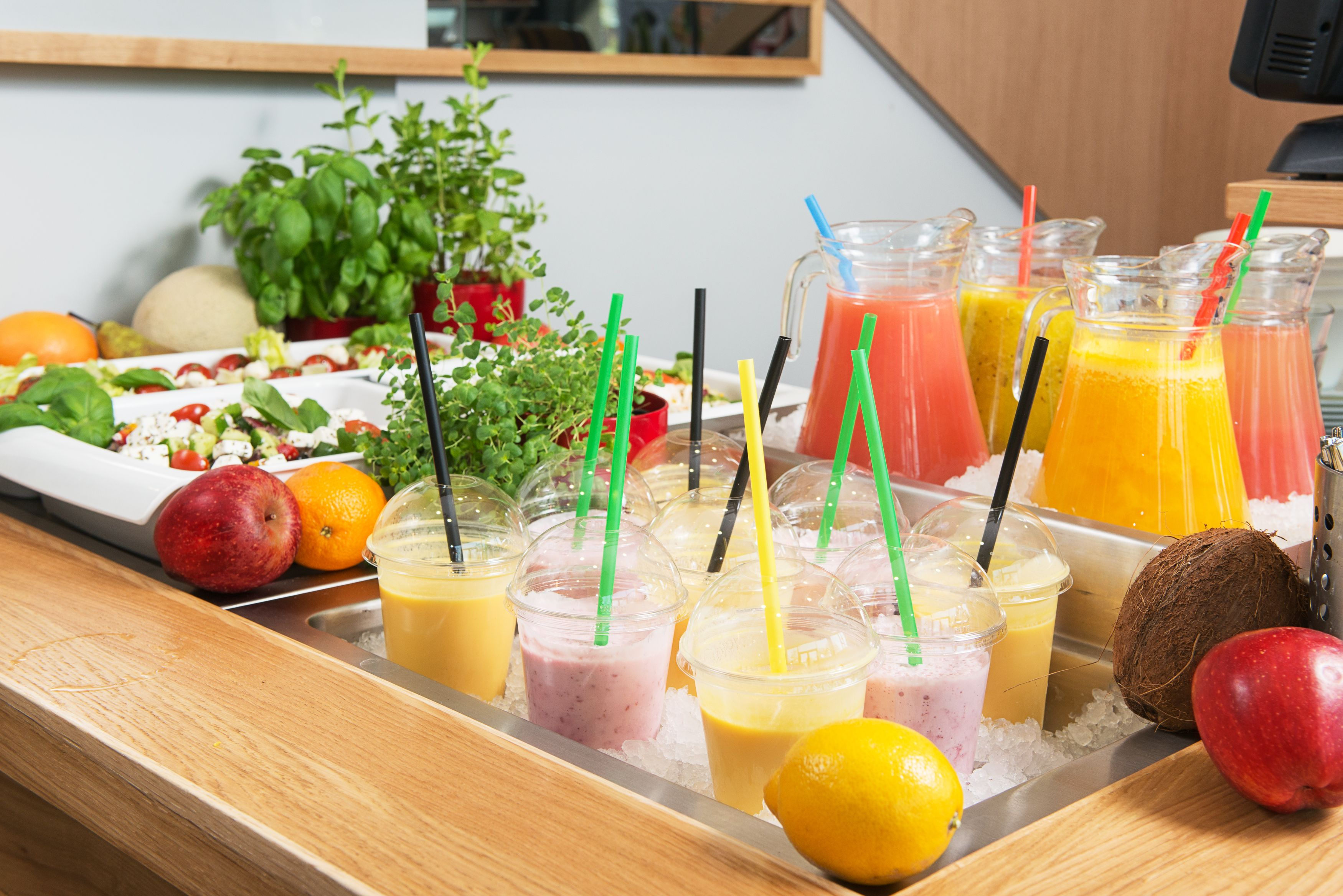 Pin By Dobry Hotel On Bazar Smakow Food Serving Bowls Fruit