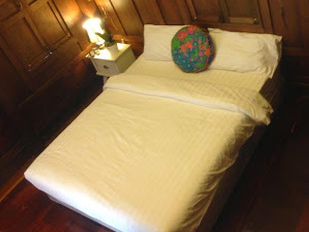 Nithankumkon 2 Bed & Breakfast Amphawa (Samut Songkhram), Thailand